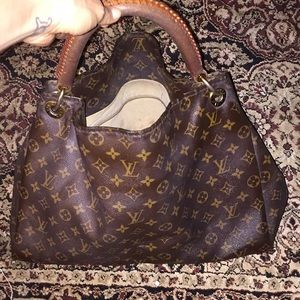 Louis Vuitton used bag